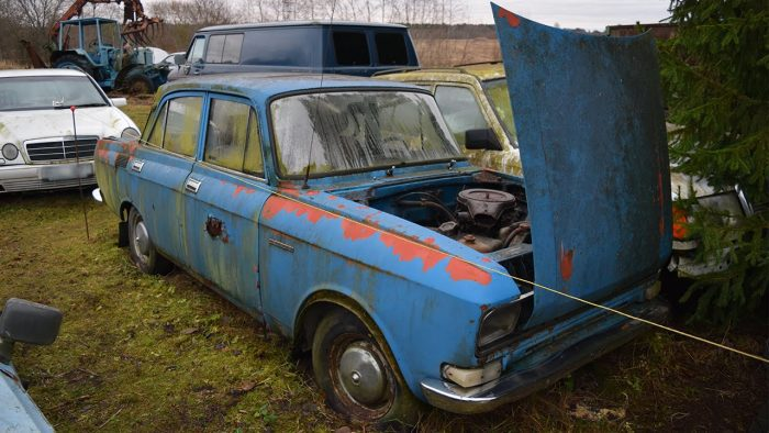 Moskvich 2140 Cold Start After 5 Years