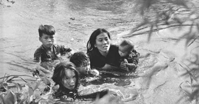 Những đứa con trong gia đình (Nguyễn Thi)